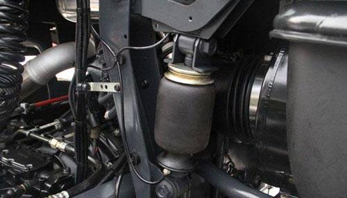 引进发动机制动技术 红岩杰狮用安全诠释高端