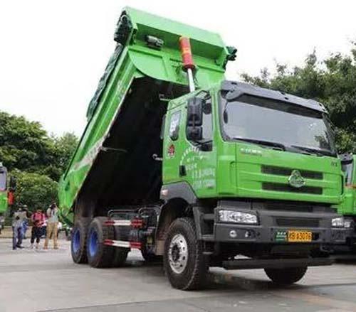 东风柳汽130台乘龙智能渣土车助力建设绿色柳州