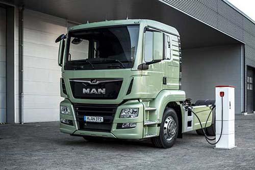 德国曼将会利用在 iaa 国际商用车展上展出的电动卡车研究