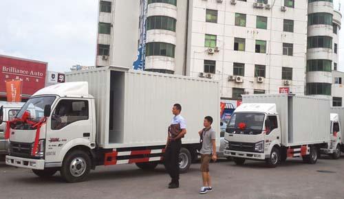 经销商地址:深圳市宝安区107国道鹤洲路口对面世纪车城